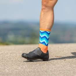 Switchback - Cycling socks  - Orange/Blue - 20 cm